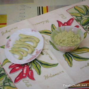 тосты с авокадо
