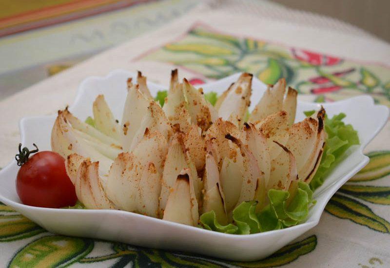 запеченный лук с укропным соусом