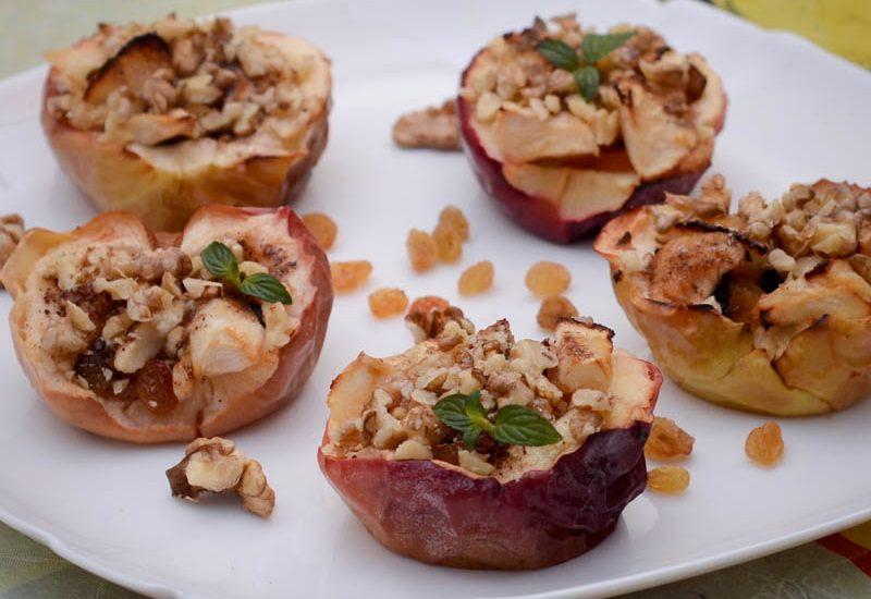простой десерт из яблок в духовке на скорую руку