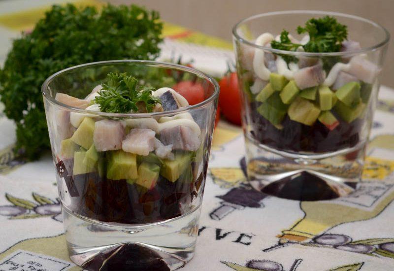 быстрый салат из сельди с авокадо на скорую руку рецепт с фото