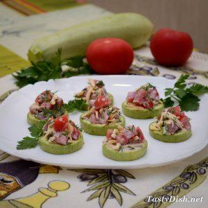 быстрая закуска из кабачков и помидоров