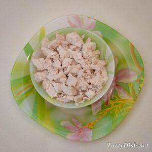 очень вкусный салат с курицей и грибами рецепт с фото