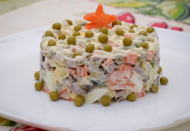 вкусный салат оливье с языком рецепт с фото