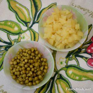 вкусный салат из квашеной капусты рецепт с фото пошагово