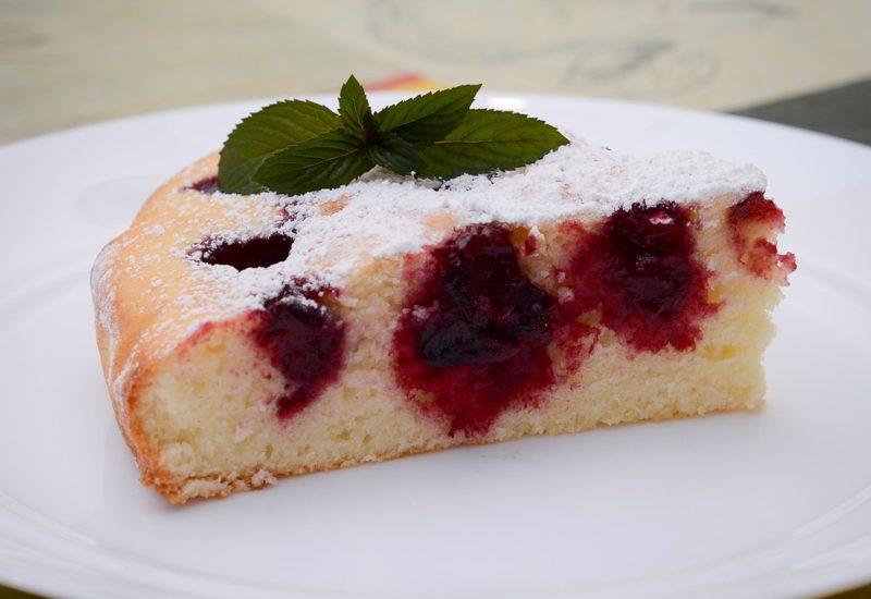 вишневый пирог на сметане рецепт с фото