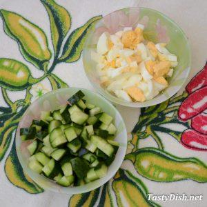 салат с щавелем и огурцом рецепт с фото пошагово