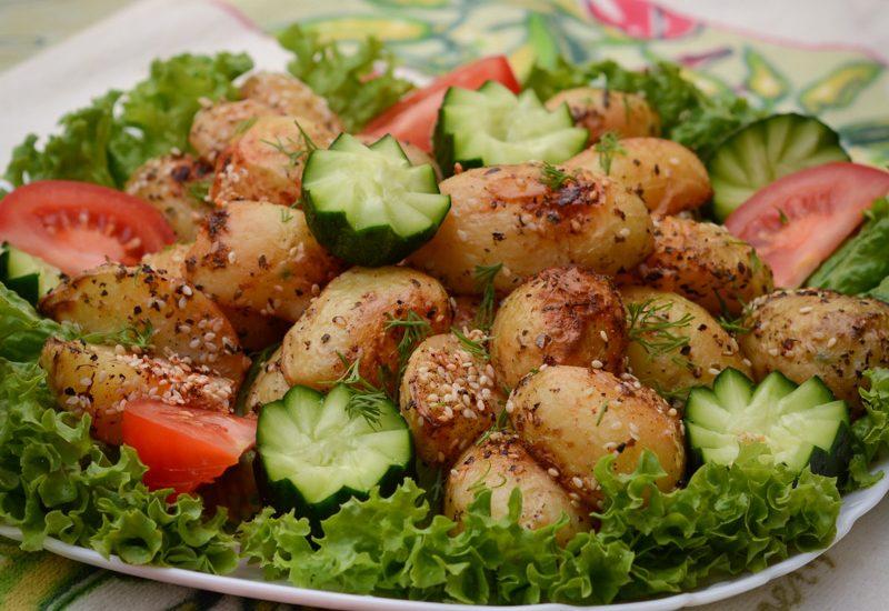 запеченный молодой картофель с кунжутом рецепт с фото пошагово