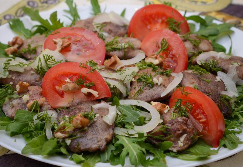 вкусный салат из куриной печени рецепт с фото пошагово