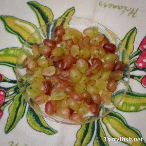салат с виноградом и авокадо рецепт с фото пошагово