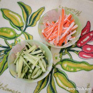 крабовый салат с авокадо рецепт с фото пошагово