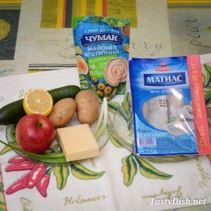 вкусный салат сельдь под шубой с яблоком рецепт с фото пошагово